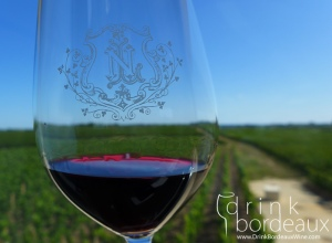 4-chateau-la-conseillante-wine-glass-vineyard